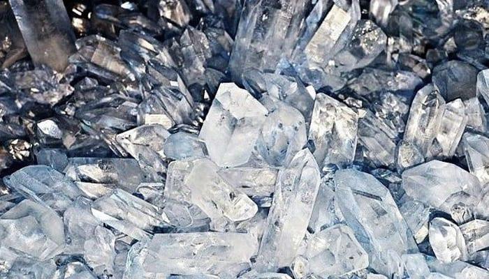 salt crystal - kaia naturals