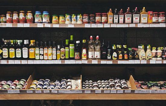 grocery shelf of apple cider vinegar - kaia naturals