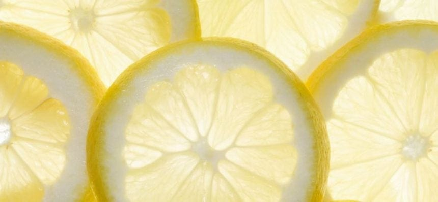 lemon essential oil cleaner